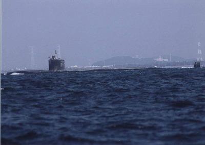 浦賀水道を進む原子力潜水艦シャイアン